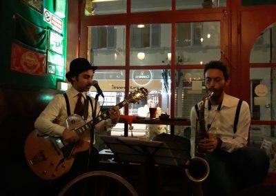 Puccio's Duo: serata speakeasy con musica dal vivo swing e italiana al Drunken Sailor (Viareggio) 21 Dicembre 2018