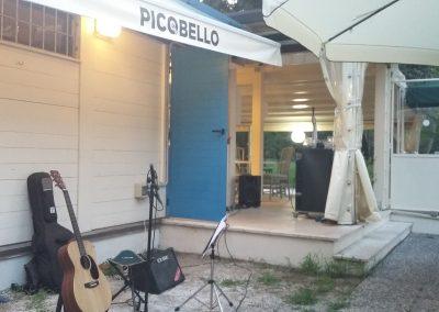 Puccio: chitarra e voce musica dal vivo aperitivo al Picobello (Viareggio) 11 Agosto 2019