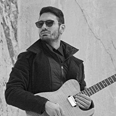 Leonardo Padroni chitarra contrabbasso voce basso elettrico Puccio's Banda